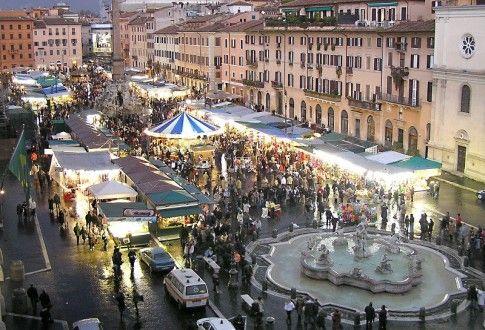 Piazza Navona e il suo caratteristico mercato natalizio