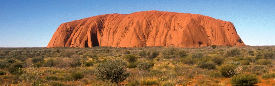 Ayers Rock-Uluru: campeggio all'avventura nel deserto australiano
