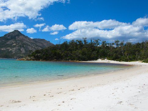 Wineglass Bay in Tasmania - foto di Elisa Chisana Hoshi
