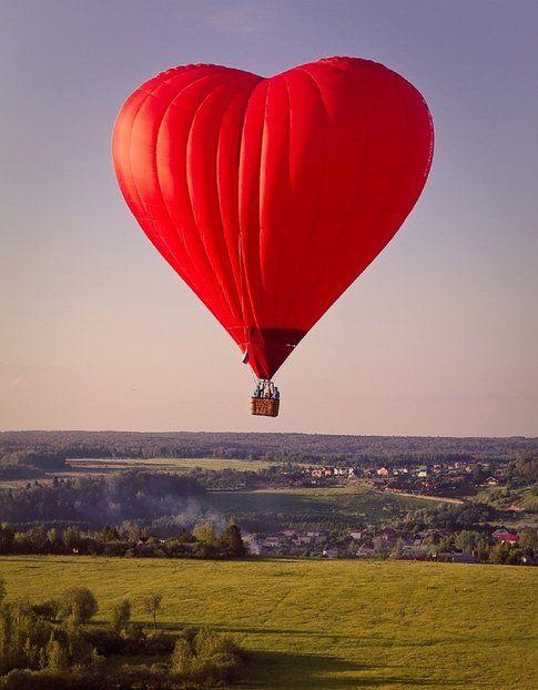 Mongolfiera a forma di cuore – Fonte: Pinterest