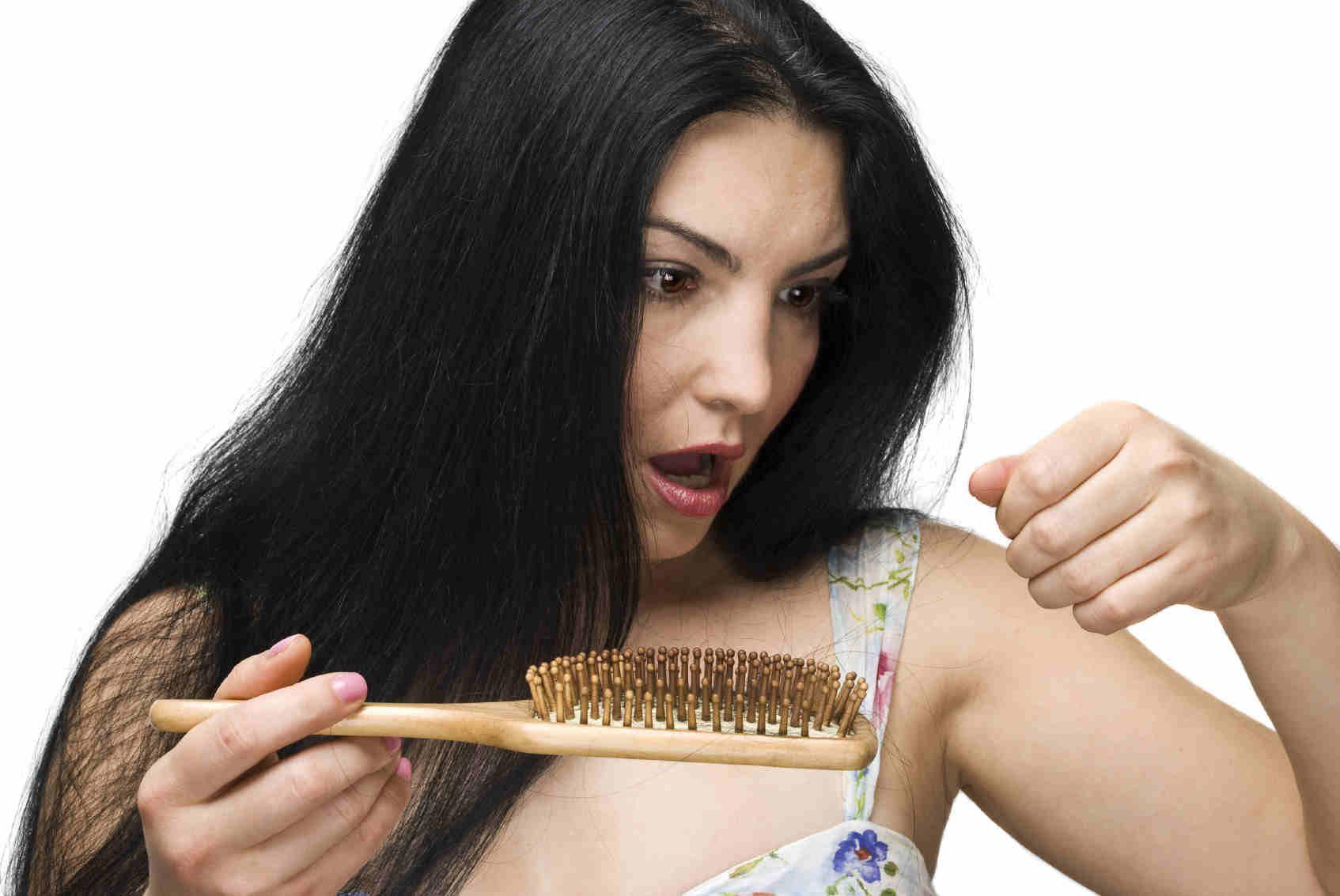 Lavare i capelli troppo spesso fa male?