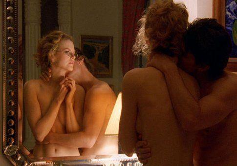 """Scena di """"Eyes Wide Shut"""" - immagine da movieplayer.it"""