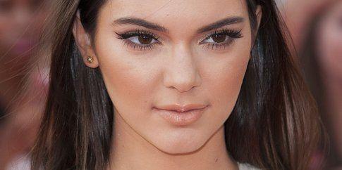 Nonostante il trucco, i pori di Kendall Jenner sono ancora lì!