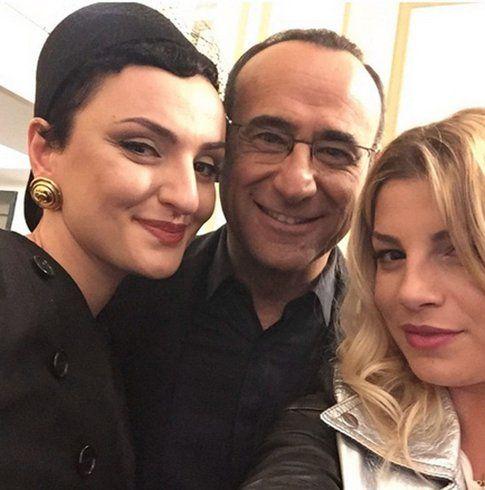 Sanremo Selfie di Arisa, Carlo Conti ed Emma - foto Facebook Emma Marrone