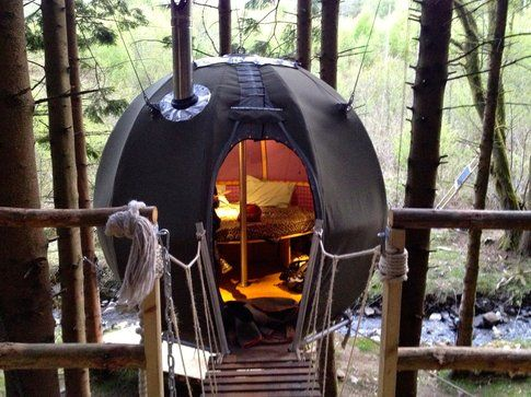 Red Kite tree tent by coolplaces.co.uk