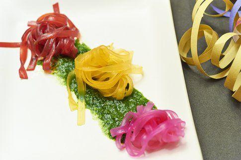 Spaghetti di soia colorati