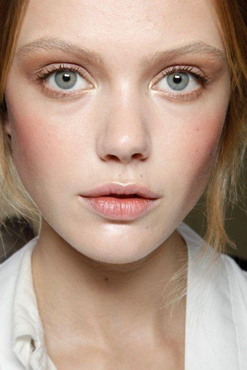 Make up Flawless - labbra effetto umido
