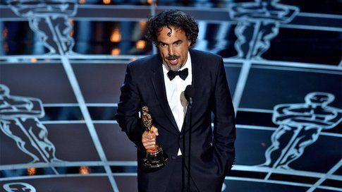 Alejandro Gonzales Iñárritu vince con Birdman - foto da movieplayer.it