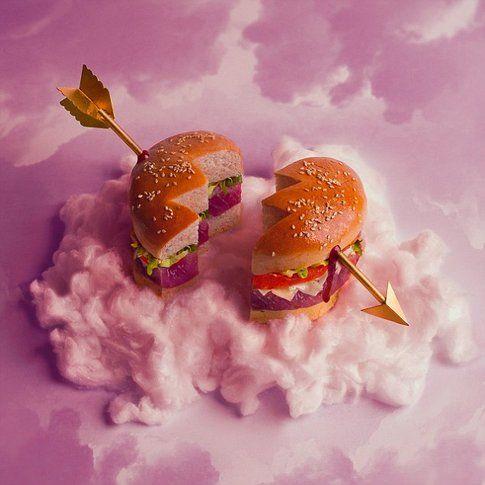 Tonno marinato, lattuga, pomodoro... un panino buono da spezzare il cuore!