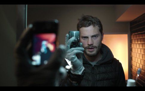 Paul Spector (Jamie Dornan) in The Fall - foto Seriable.com