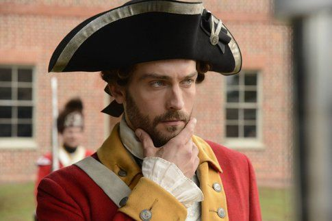 Ichabod Crane (Tom Mison) Sleepy Hollow - foto Facebook ufficiale