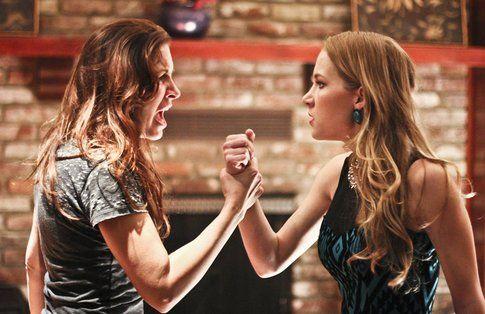 Brittany Underwood e Tina Ivlev dal film Amiche Nemiche