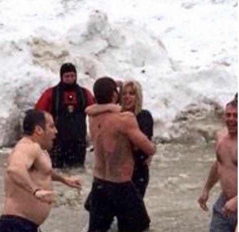 Lady Gaga sul lago ghiacciato - Foto da Instagram