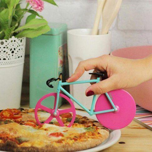 Taglia pizza a forma di bicicletta