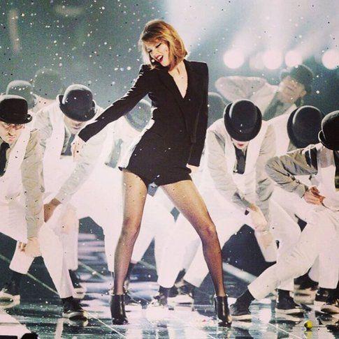 Taylor Swift - Fonte: pagina Facebook