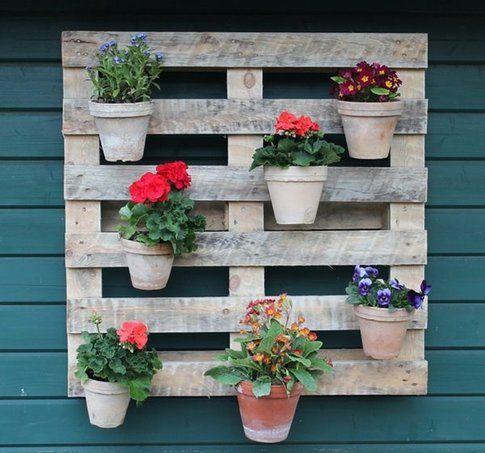 10 idee geniali per il tuo giardino bigodino - Vasi colorati esterno ...