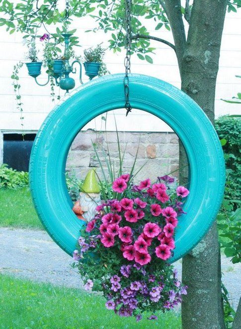 10 idee geniali per il tuo giardino bigodino - Box bici da giardino ...