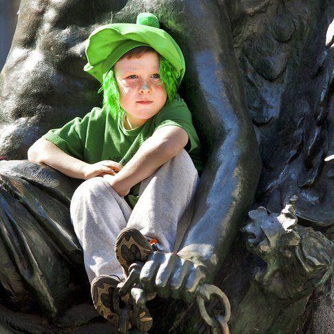 Bambino vestito da elfo