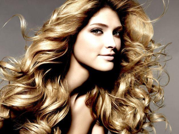 10 cibi che nutrono i capelli