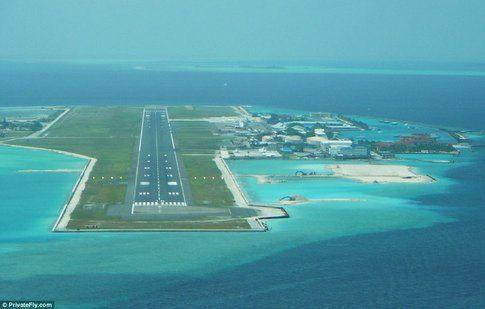 Aeroporto nelle Maldive - Fonte: DailyMail