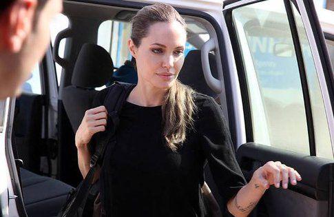 Angelina Jolie - Fonte: Facebook