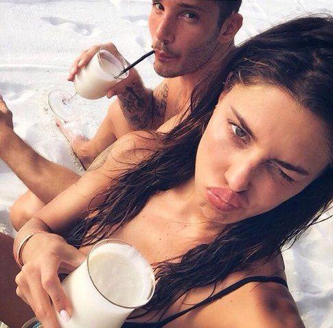 Belen Rodriguez e Stefano De Martino - Fonte: Facebook