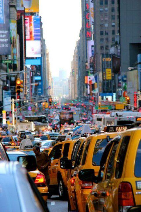 Traffico in città - Fonte: Pinterest