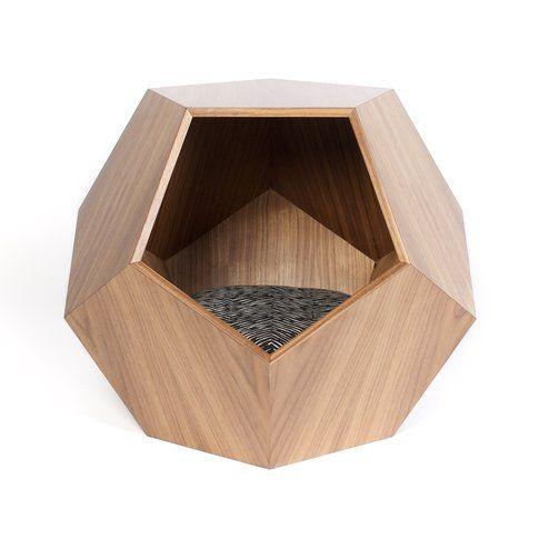 Tavolino/Cuccia con cuscino - Fonte: DogMilk