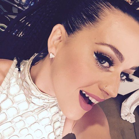 Katy Perry - Fonte: Facebook