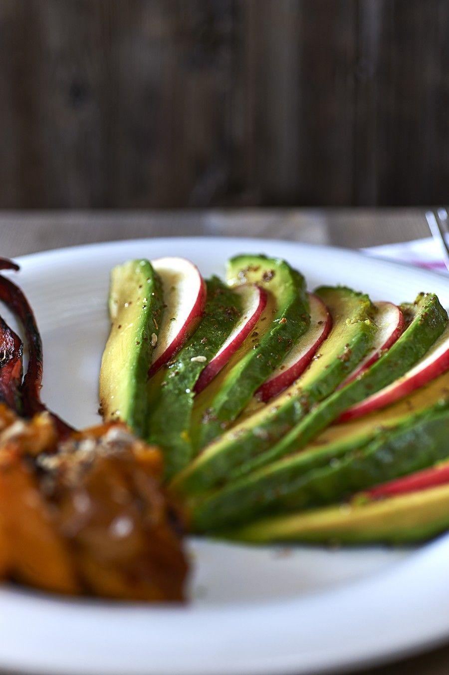 carpaccio di avocado con verdure