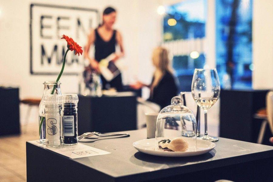 Il ristorante per single di Amsterdam