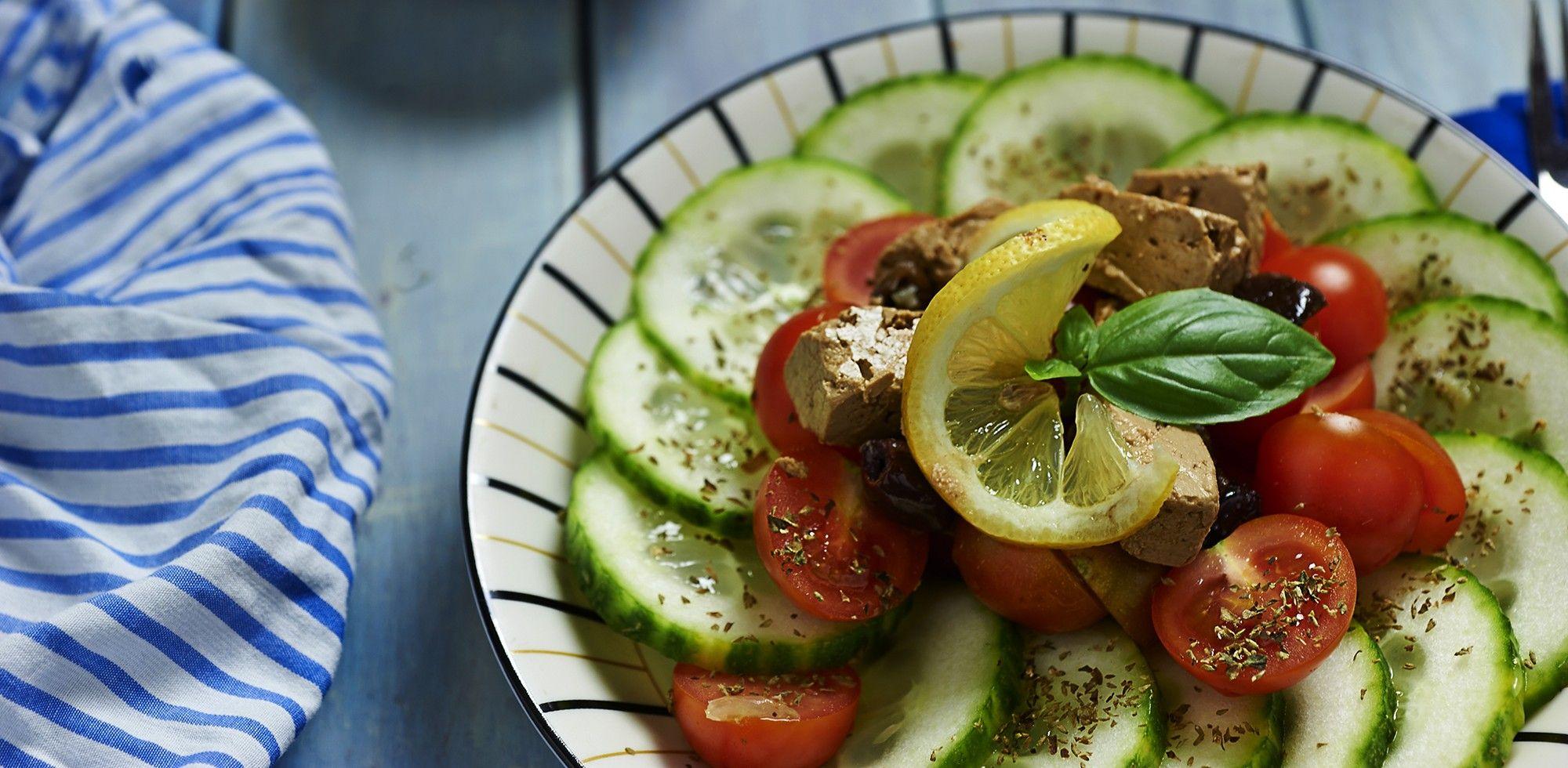 Insalata vegan alla greca