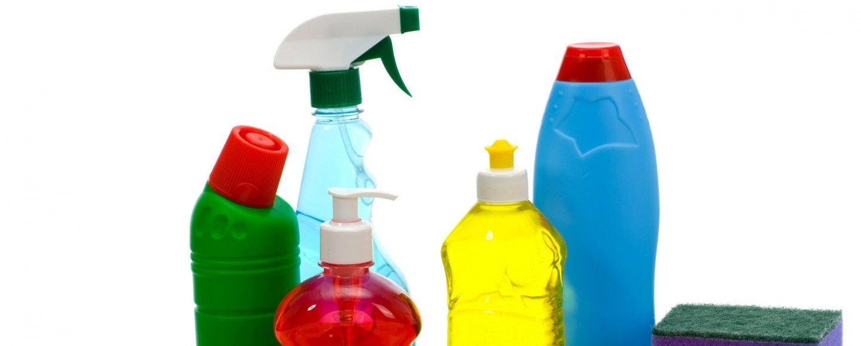 Pulire casa con la candeggina mette a rischio i bambini bigodino - Prodotti per pulire casa ...