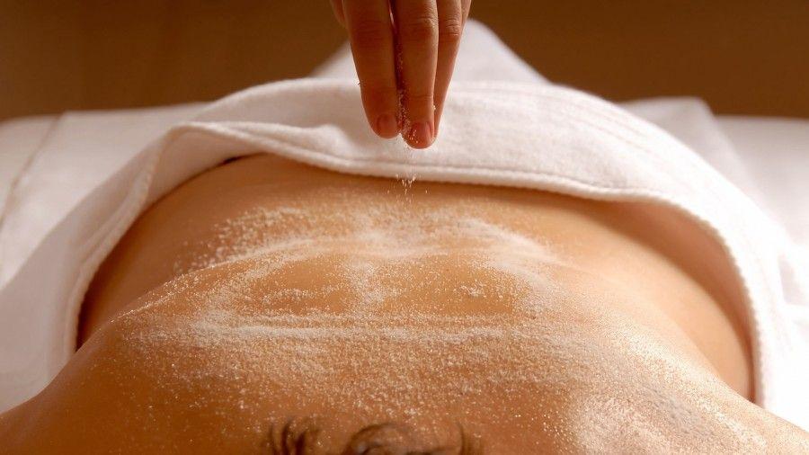 Il carbonato di sodio per candeggiare di pelle di un corpo