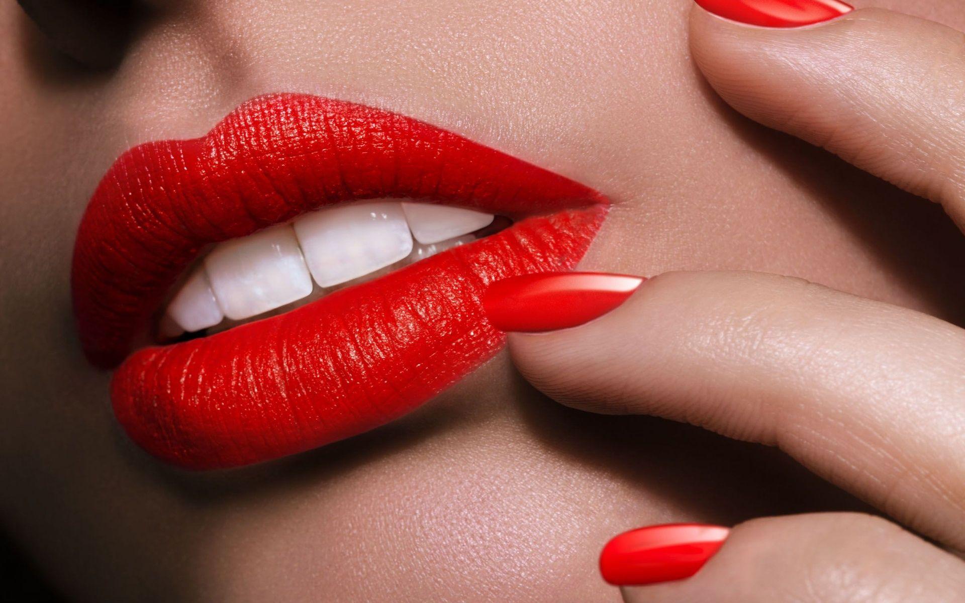 10 trucchi per un rossetto perfetto