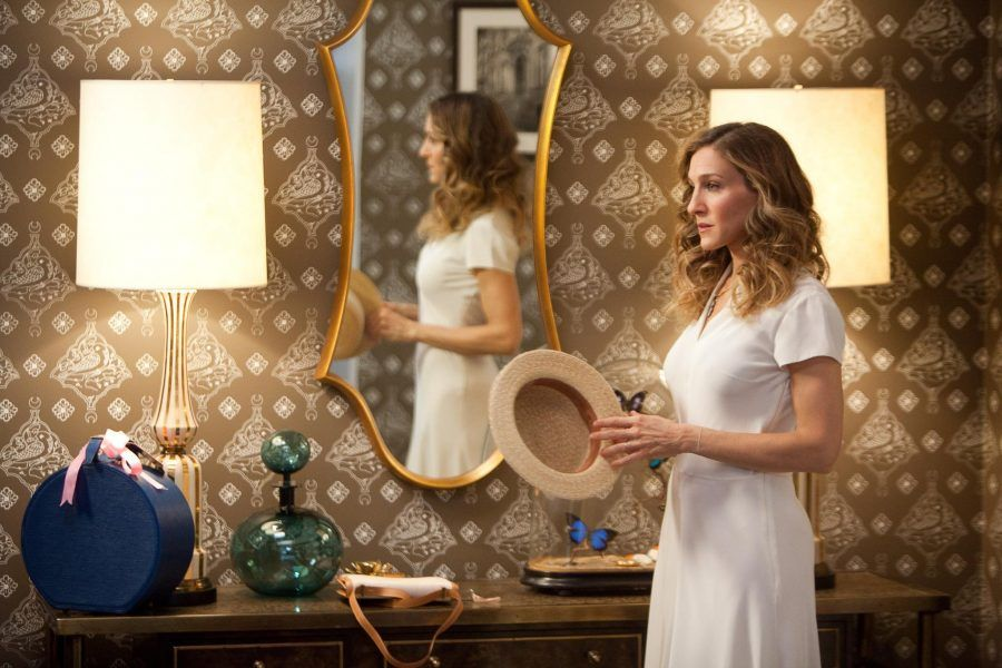 still-of-sarah-jessica-parker-in-sex-and-the-city-2-2010-large-picture