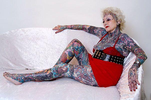 tattooed-elderly-people-10__605