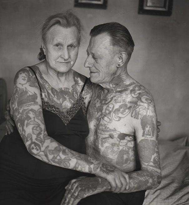 tattooed-elderly-people-28__605