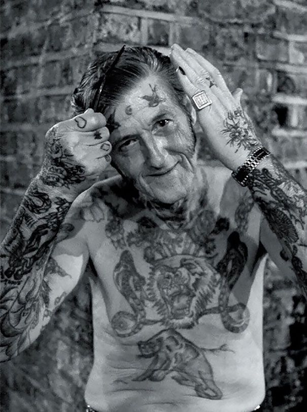 tattooed-elderly-people-4__605