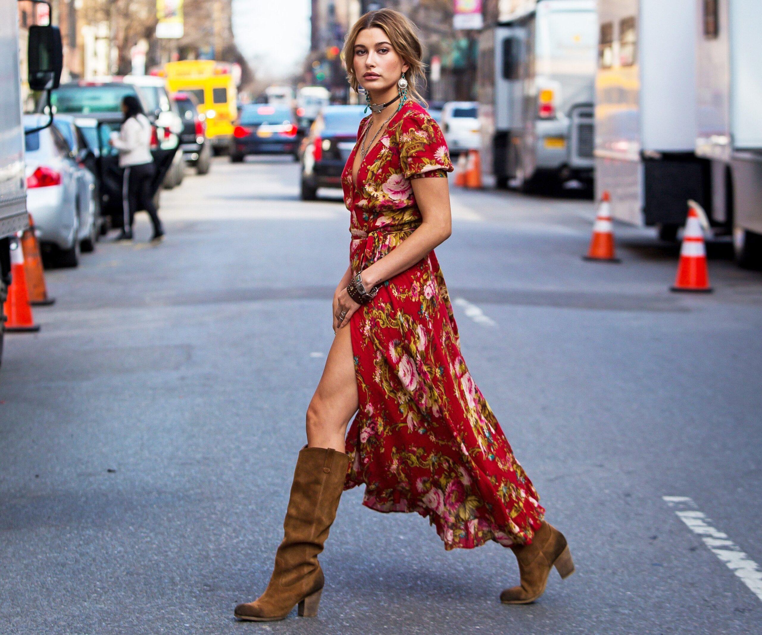5 modi per abbinare un abito lungo