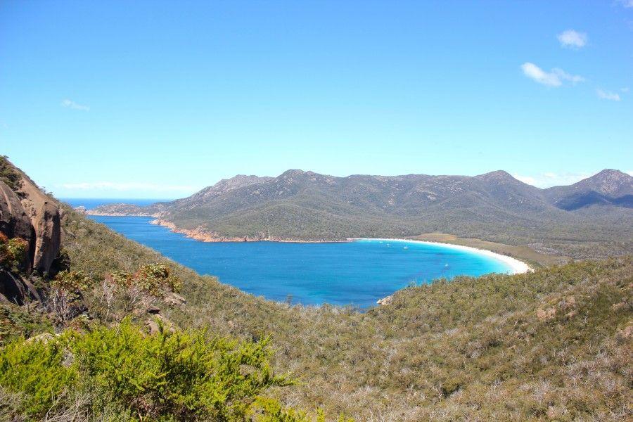 La straordinaria vista da Wineglass Bay