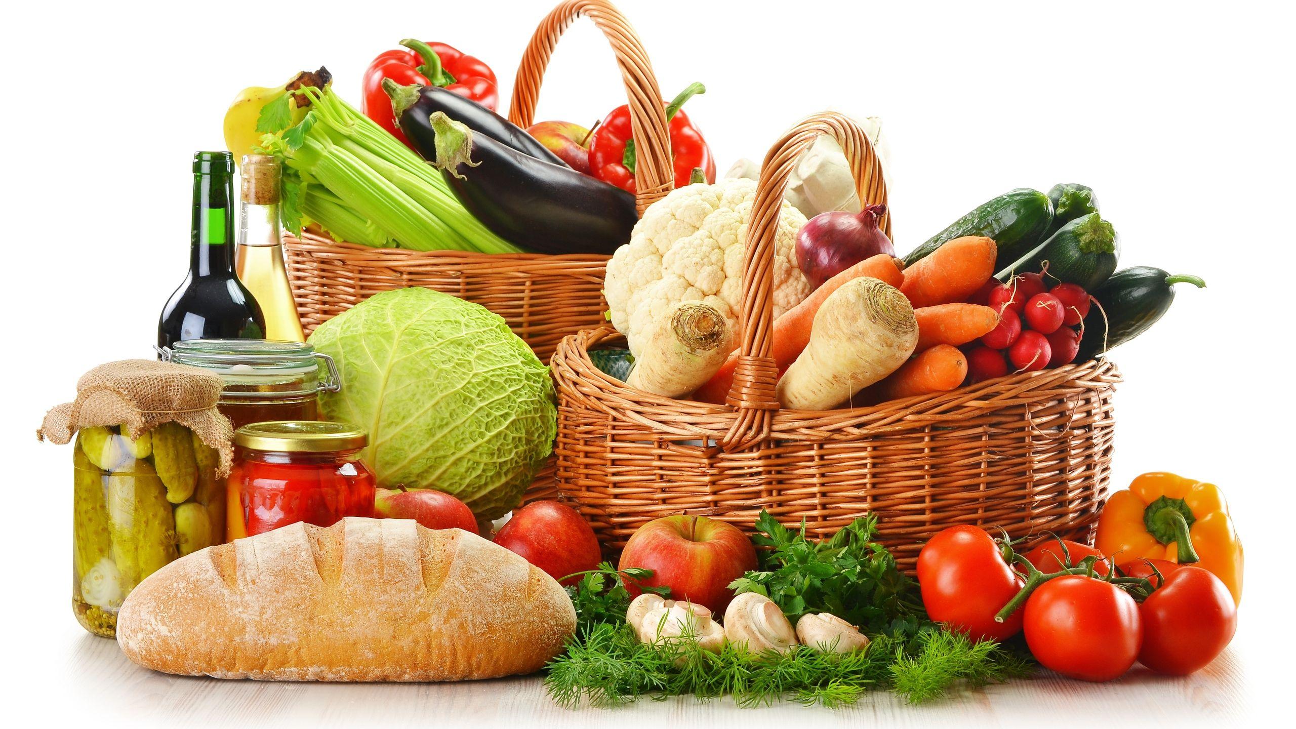 10 alimenti che si possono mangiare dopo la data di scadenza