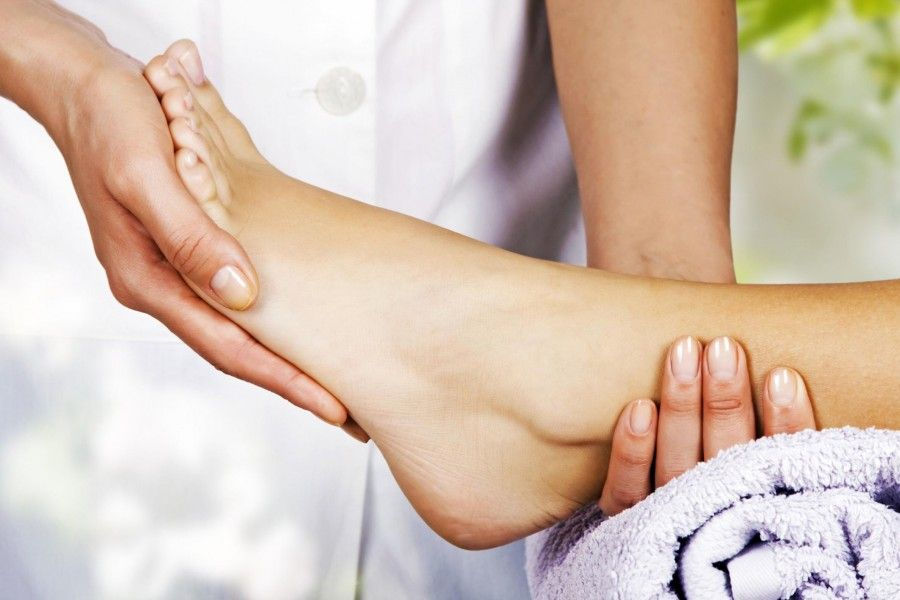 come-rilassare-i-piedi-affaticati_c29286632177dca6b6b3208c8df6c9fc