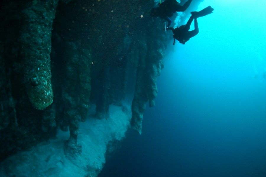 immersioni nel great blue hole