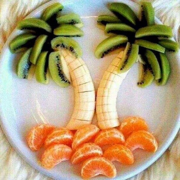 3-tree-shape-edible-arrangement