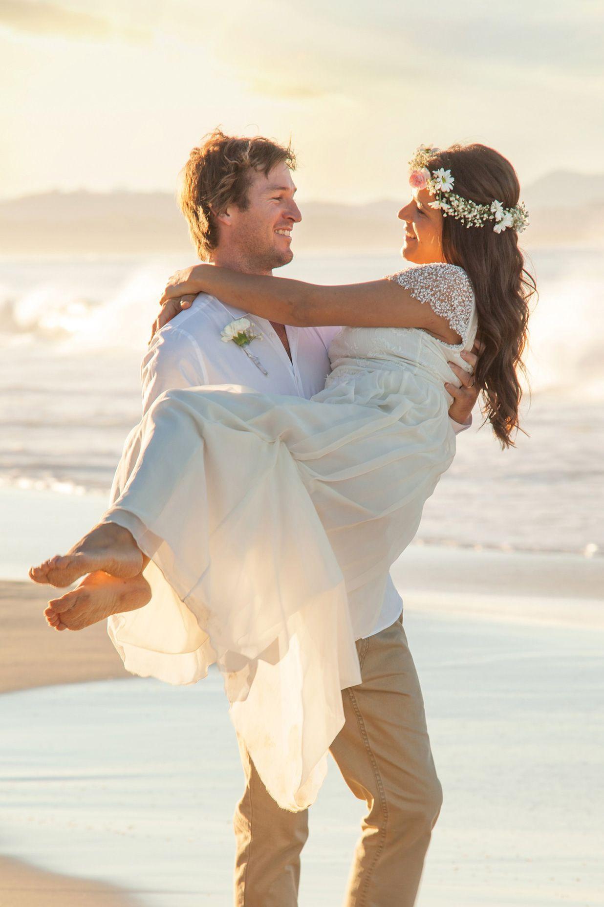 Val_Jake_Boho-Beach-Wedding_400
