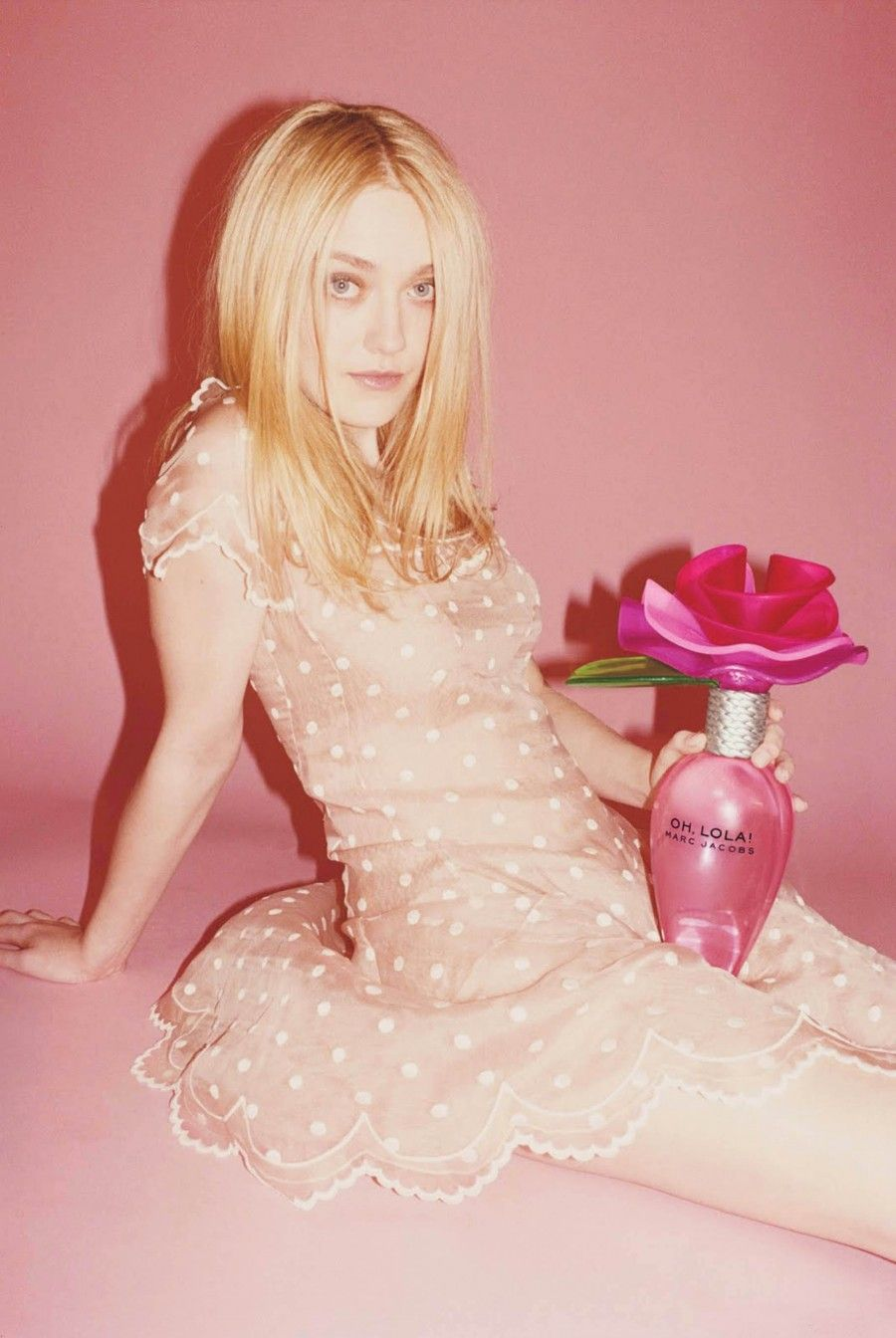 dakota-fanning-ads-for-oh-lola