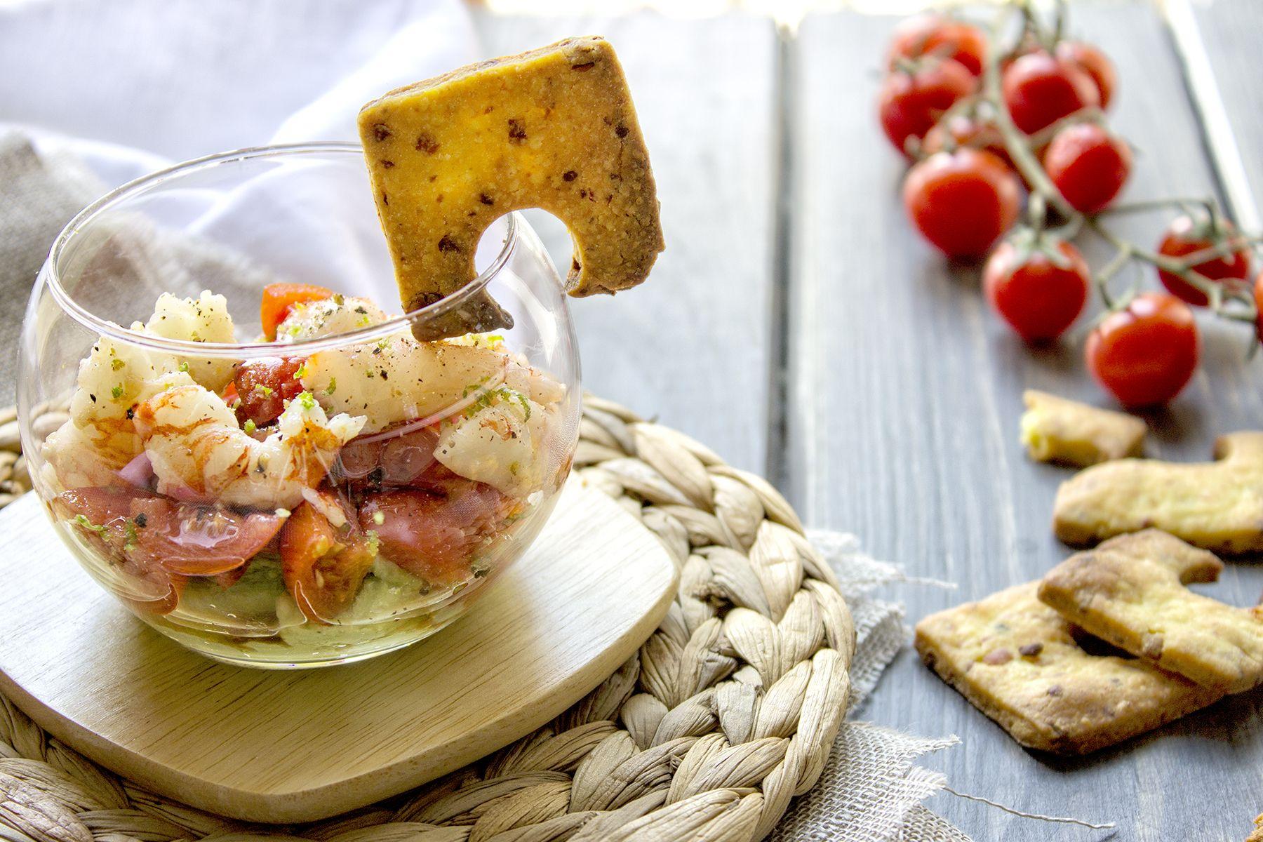 guacamole-con-pomodoro-gamberi-antipasto-piatti-veloci-contemporaneo-food