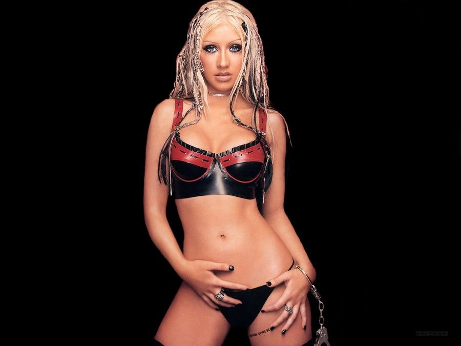 1600 - Christina Aguilera1