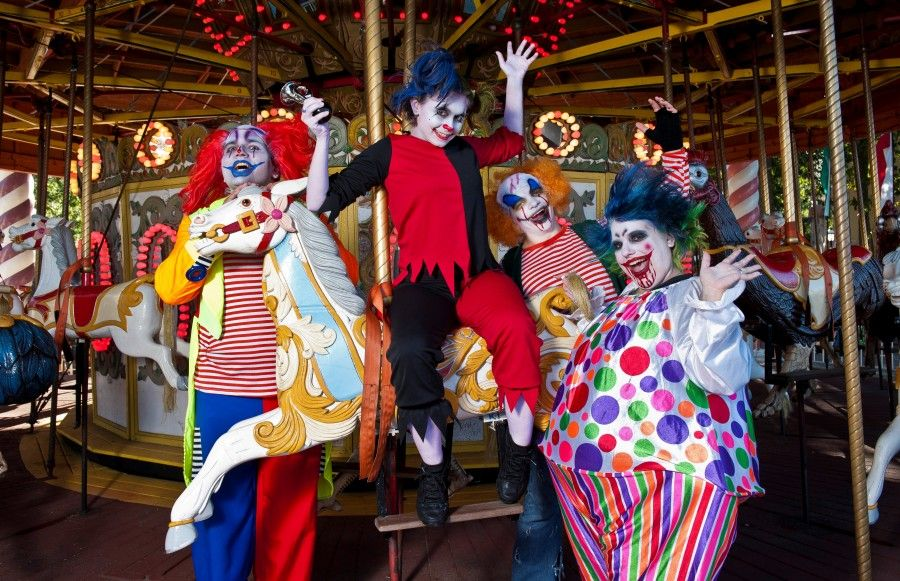 6flags-FrightFestCircusPsychoClowns